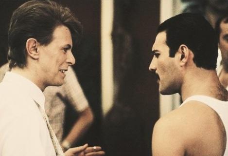 David Bowie e Freddie Mercury (Reprodução YouTube)