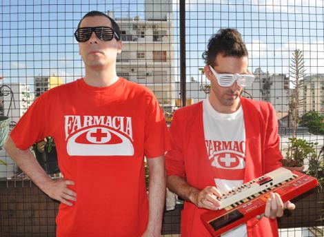 Diego e Ariel Sima formam o duo argentino Farmacia