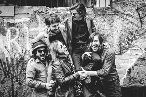 Banda porto-alegrense está gravando seu novo disco (Foto: Fábio Alt)